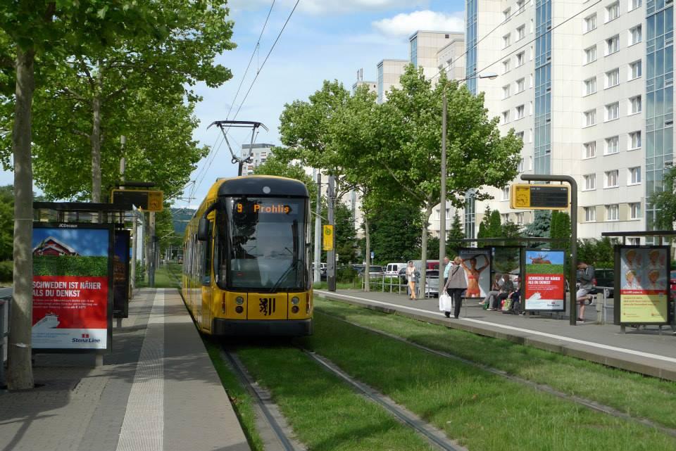 Dědino, pozor – přijíždí tramvaj, blíží se developeři