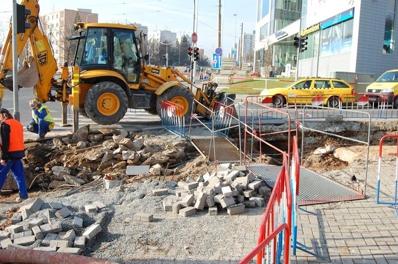 Stav křižovatky Horoměřická - Evropská k 15. 11. 2010 (foto: Jan Jirka)