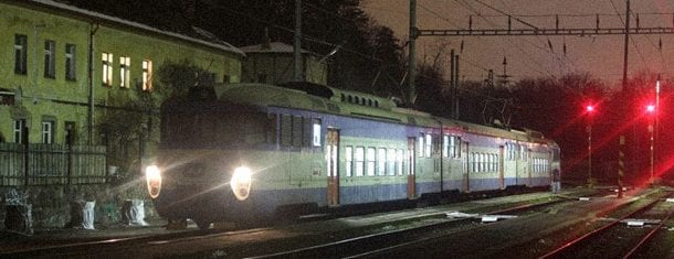 vlak-kauzy